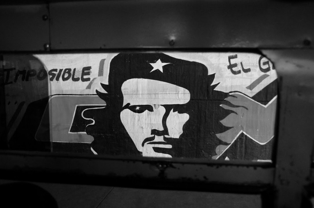 The Che from the window of a small bus in Mexico City - Copyleft M Lancione